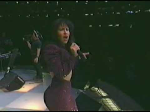 Selena - I Will Survive/Funky Town
