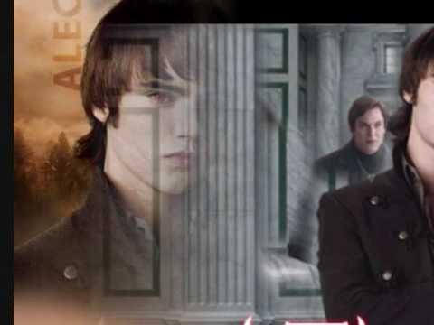Alec Volturi-Toxic (Cameron Bright)