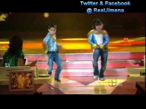 JESUS y KARLA bailando- ElTao Tao en Pequeños Gigantes