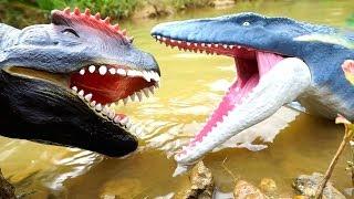 NEW MOSASAURUS Vs Giant T-Rex ! Jurassic World Surprise Dinosaur Toys ~ BOBOTV