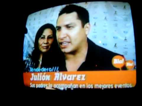 Julion con sus padres - YouTube