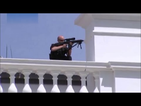 Secret Service shoot Armed man outside the White House