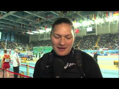 Valerie Adams NZL gold in shot put at World Indoors 2012