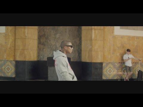 Pharrell Williams - Happy (10AM)