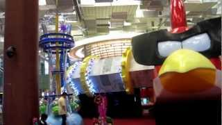 Walk-through the Red Angry Birds Space Shuttle at Singapore Changi Airport during Christmas 2012