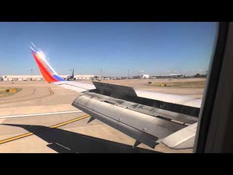 Southwest Airlines Boeing 737-300 Landing at Albuquerque International Sunport
