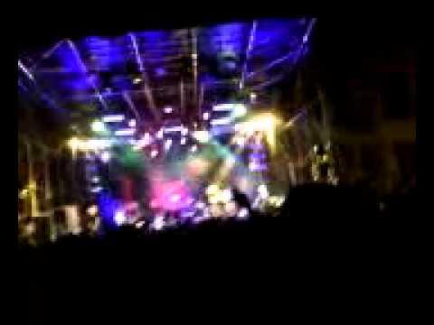 chi se ne frega della musica capa live orvieto 25/8/2011