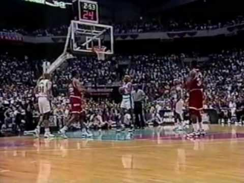Hakeem Olajuwon Dismantles David Robinson and the Spurs (1995 WCF Game 5)
