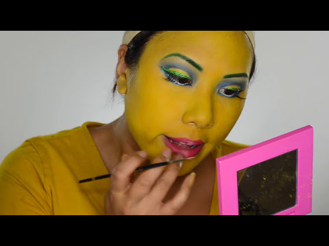 2013 Halloween Makeup:  Marge Simpson Makeup!