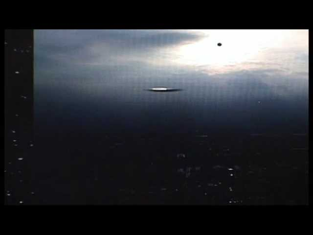 Breaking News! Large UFO! Mothership Captured over Mexico  City  Mexico East! 11 10 2014