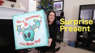 Giant Surprise Present Moose Toys Pikmi Pops Shopkins Little Live pets | PSToyReviews
