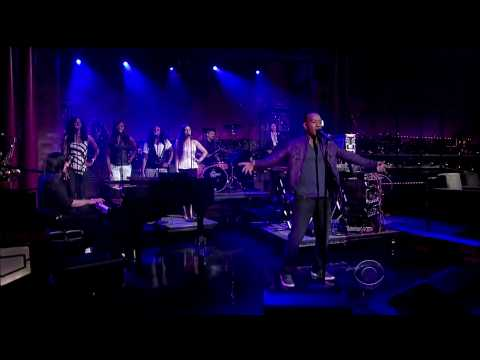MSTRKRFT on Letterman w/ John Legend (HD)
