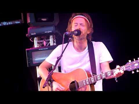 Thom Yorke&Jonny Greenwood - Street Spirit (Fade Out)   Glastonbury Festival, Pilton UK (9/9)