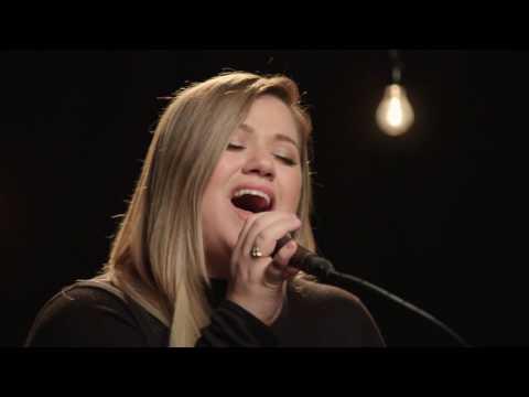 download lagu Kelly Clarkson It's Quiet Uptown-the Hamilton Mixtape Live On gratis