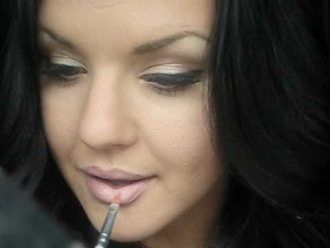 Angelina Jolie Lips. How To Do It. video