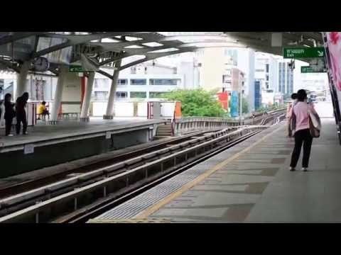 A minute at Bangkok BTS ARI station อารีย์ (00363)