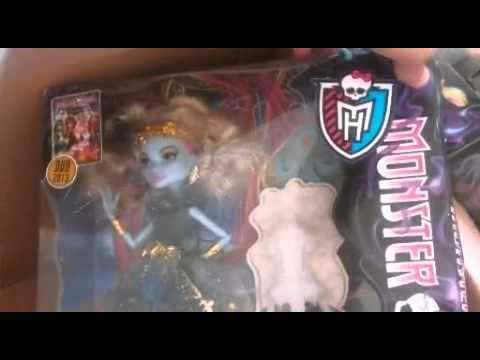 My Monster High 13 Wishes Doll Collection Review