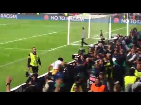 "Final Champions League 2014 ""La Décima"" - Pepe recoge la bandera de Portugal"