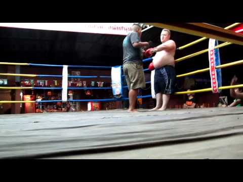 Drunk Canadian Gets Schooled By Thai Boxer After Talking Smack In Chiang Mai