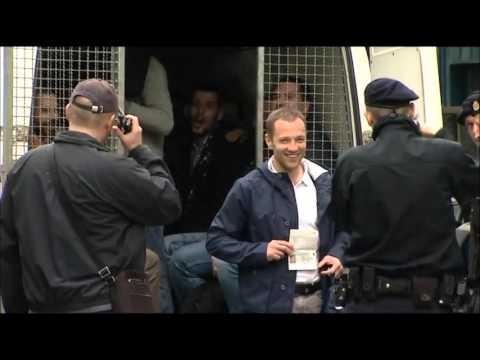 Several Crvena Zvezda fans arrested in Zagreb 08.04.2016  :)