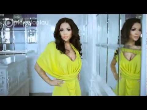 Преглед на клипа: Яница и DJ Живко Микс - Разбий ме (DJ Version)