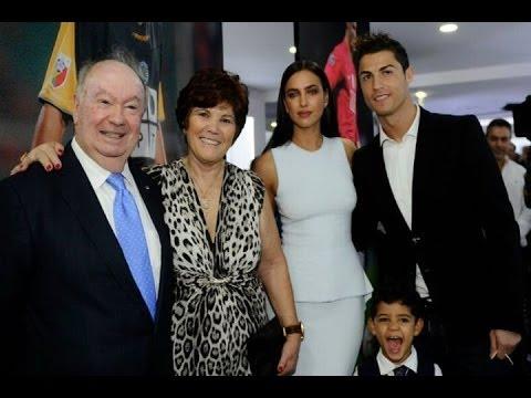 Cristiano Ronaldo, rodeado de toda su familia