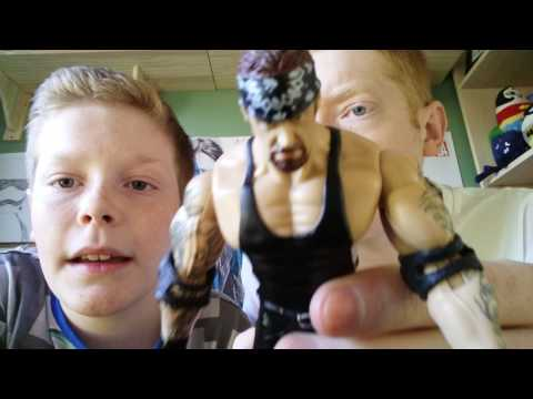 JAKKS-PACIFIC WWE Figure Review With Dad! Plus BOXED Ruthless Aggression Kurt Angle!