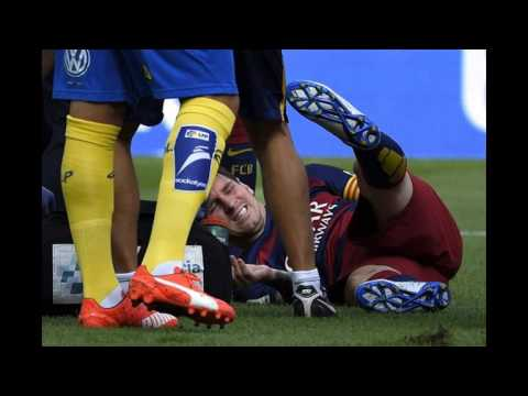 Messi's dangerous Injury against Las Palmas  26/3/2015
