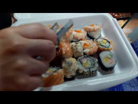 Уличная еда на MALIN PLAZA / Суши-рольчики