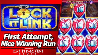 Lock It Link Night Life Slot - Nice Winning Run, Re-Spins and Free Games in my First Attempt