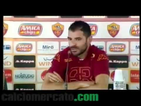Roma, Perrotta: 'Vucinic? Corre...'. VIDEO