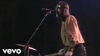 Watch Todd Rundgren Bang The Drum All Day video