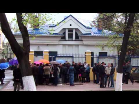 Coadă la Chişinău pentru vize Schengen