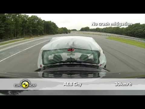 Fiat 500L - Euro NCAP 2013, тест системы автоматического торможения