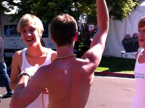 helixstudios live at 04:18pm PST on 07/17/2010 in San Diego,