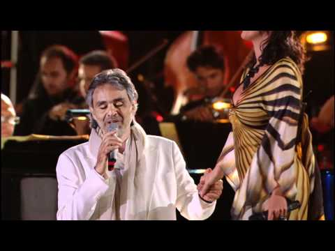 Andrea Bocelli & Laura Pausini  Dare To  * HD * Vivere  In Tuscany 2008