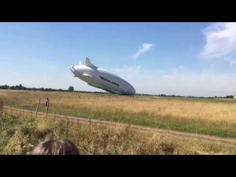 Airlander 10 crashing into the ground cardington shed airship thumbnail