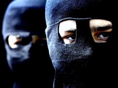 Los Nosequién y Los nosecuantos- Un terrorista -Letra - Las Torres