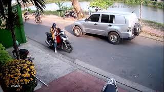 Tai nạn do trẻ em vặn tay ga