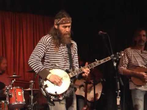 Dave Hum with The Huckleberries - Arkansas Traveller and Trad Irish Tune