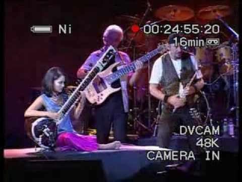 Jethro Tull + Anoushka Shankar - Live in Mumbai