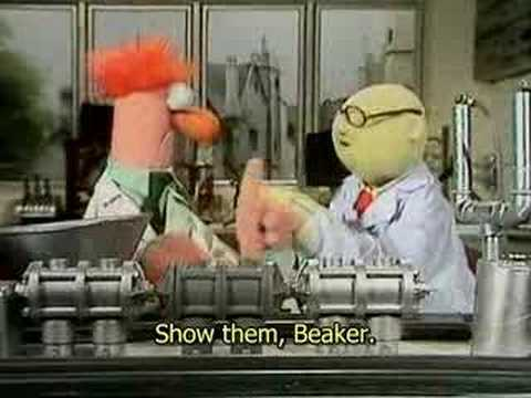 Beaker & Bunsen - Banana Sharpener
