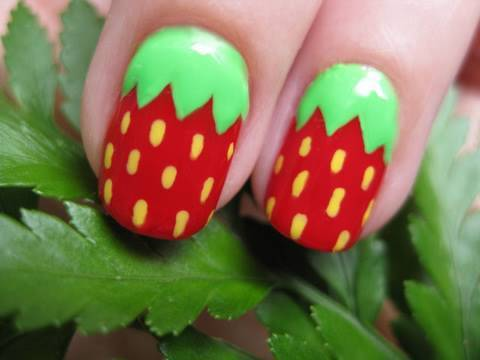 Cute Strawberry Nail Art -  Aranyos eper körmök