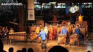 Download Lagu Symphony no.40 Mozart (cover) by Saung Angklung Udjo, Bandung Gratis STAFABAND