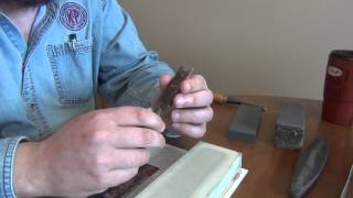 Sharpening : slurries, oil stones and waterstones and plateau sharpening