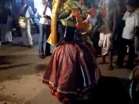 Puthagaram Sri Maha Kali Amman Thiruvizha 2013 ( Kaliyamoorthy In Sri Maha Kaliamman ) video