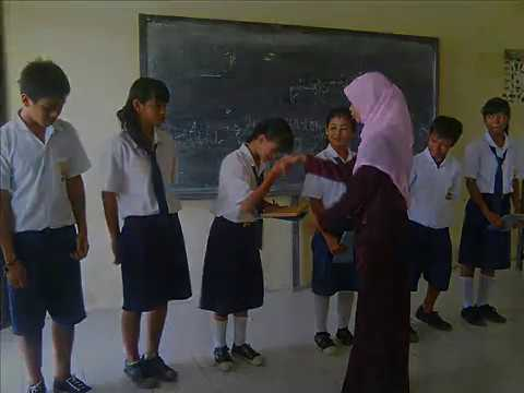 Instrumen sedih Puisi Perpisahan Siswa SMP