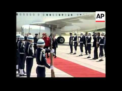 Chavez arrives to help negotiate trade of rebel hostages for prisoners