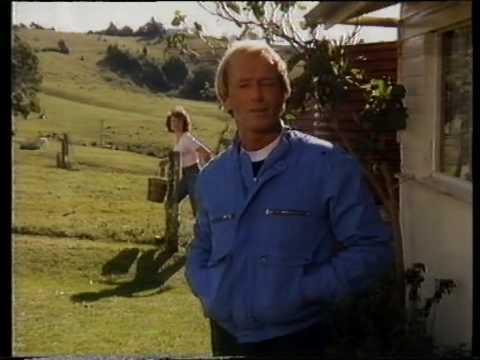 Paul Hogan's Australia tourism campaign (Australian ad, 1984)