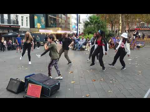 #Bts #BoyWithLuv #Vevo #Flute #Cover #KPop #Dance                        Street performers in London